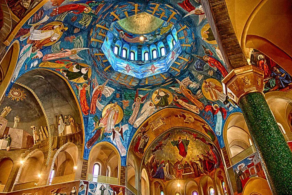Santa rita da cascia la santa avvocata dei casi for Basilica di santa rita da cascia