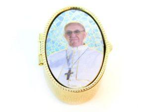porta pillole papa francesco